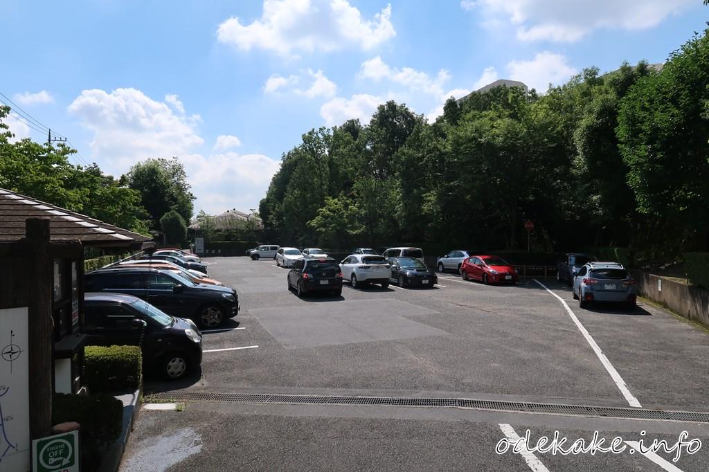 寺家ふるさと村の駐車場
