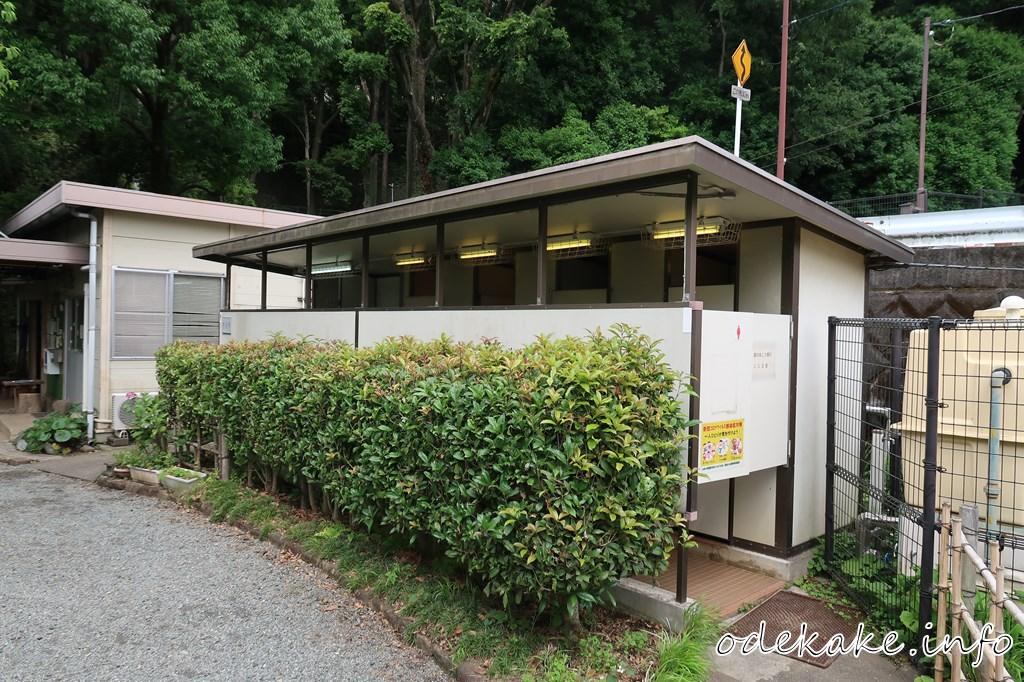 道保川公園のトイレ