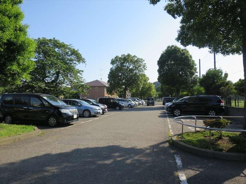 大津公園の駐車場