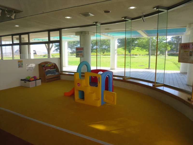 体育館の子供用スペース