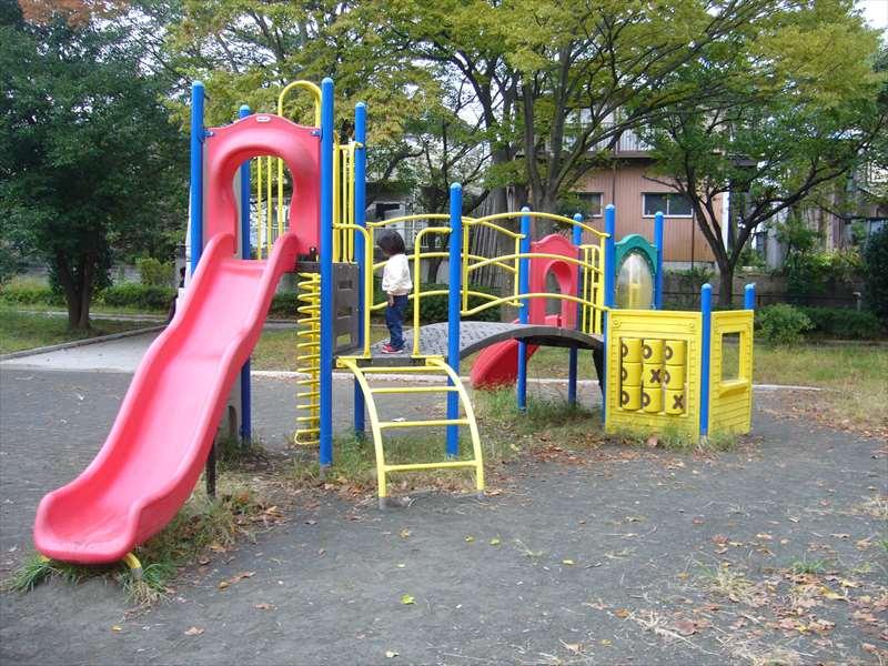 上白根大池公園の遊具
